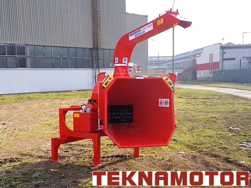 новая дробилка древесины TEKNAMOTOR Skorpion 250R
