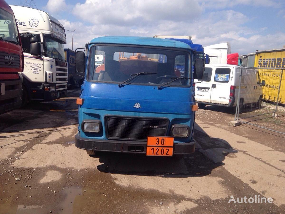 грузовик автоцистерна AVIA SPECIÁLNÍ AUTOMOBIL
