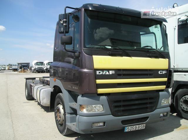 грузовик шасси DAF FA 85 CF 340