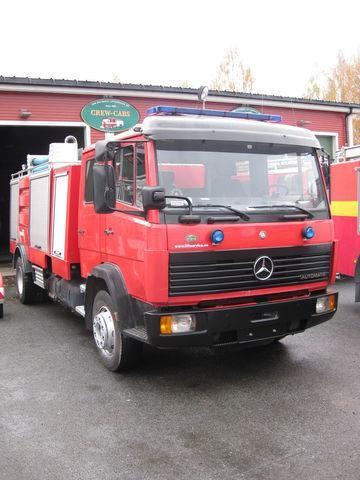 пожарная автоцистерна MERCEDES-BENZ 1320
