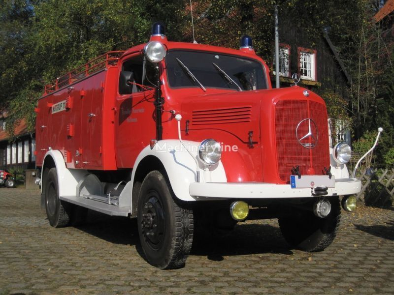 пожарная автоцистерна MERCEDES-BENZ LAF 311 Oldtimer
