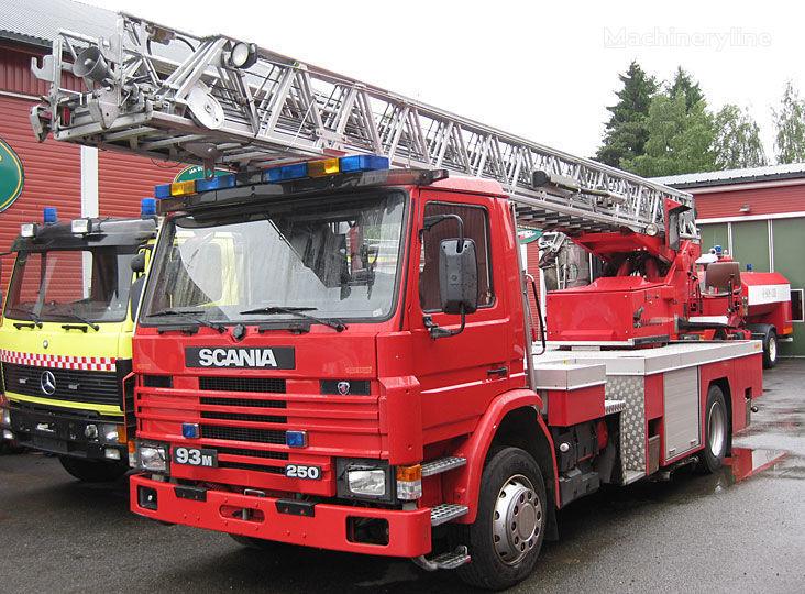 пожарная автолестница SCANIA P-93, 4x2WD