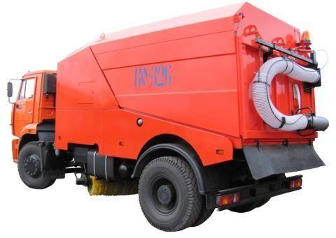 уборочная машина КАМАЗ КО-326-02