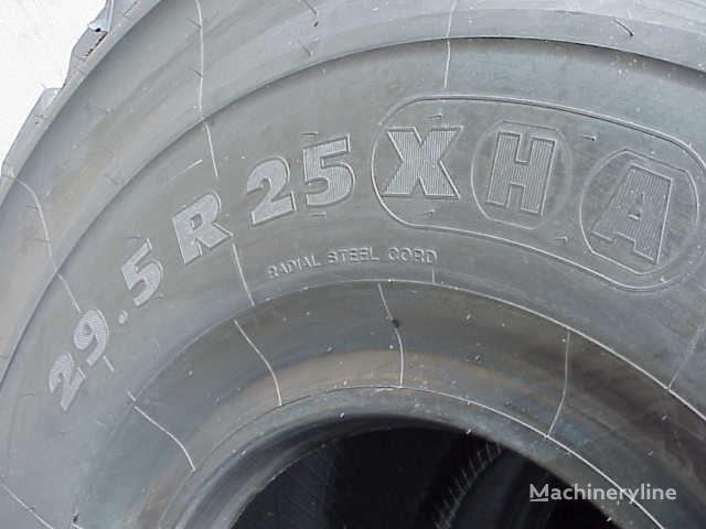 новая шина для фронтального погрузчика Michelin 29.50- 25.00