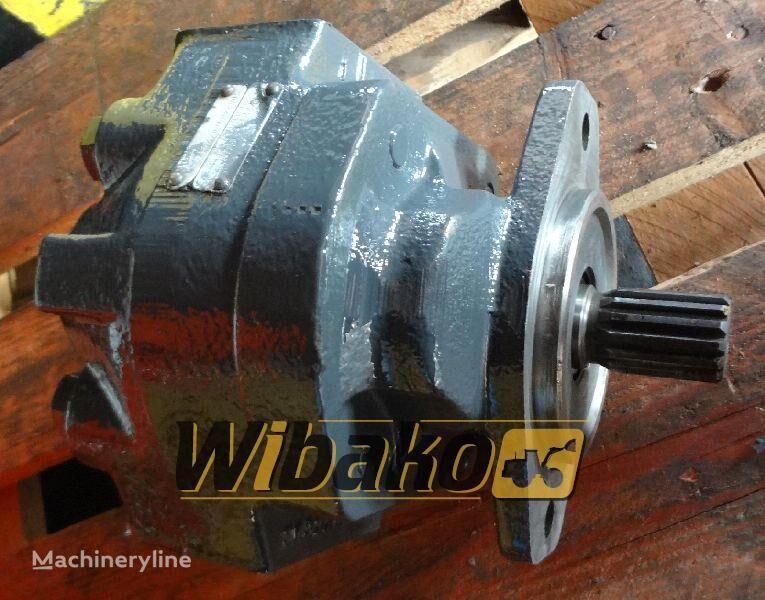 гидравлический насос  Hydraulic pump Hanomag D500 для экскаватора D500