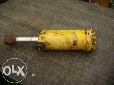 гидроцилиндр для экскаватора-погрузчика KRAMER  416 516