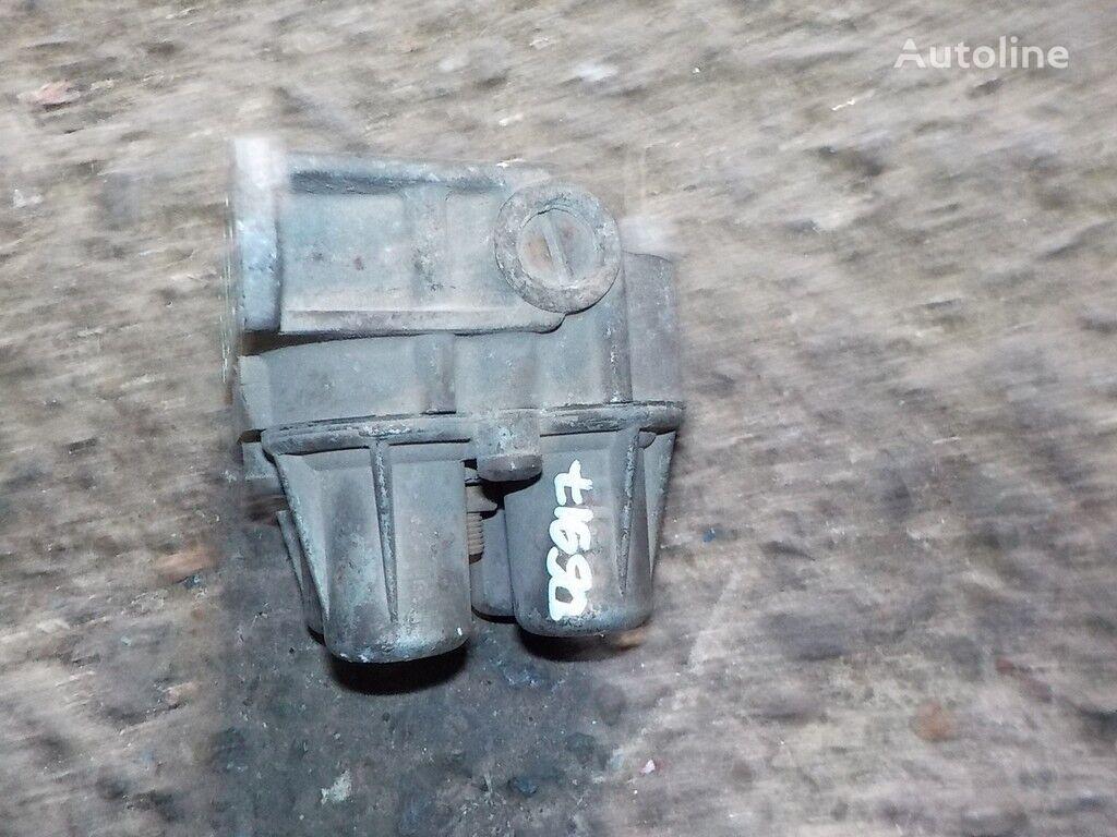 клапан  4-х контурный Renault для грузовика