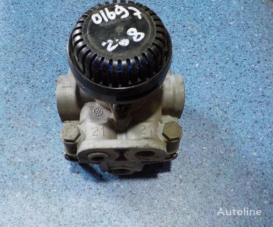 клапан  ускорительный,тормозной для грузовика SCANIA