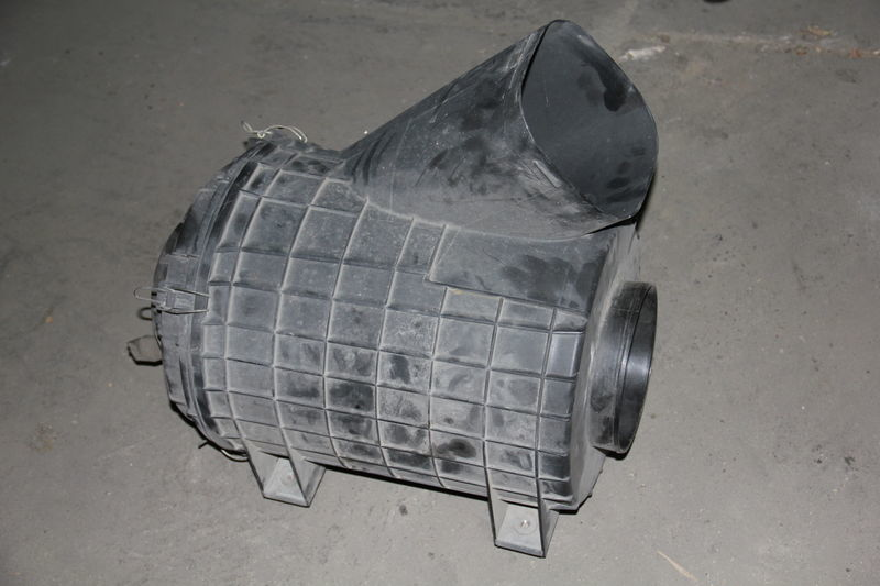 корпус воздушного фильтра  SCANIA для тягача SCANIA SERIE 4 / R