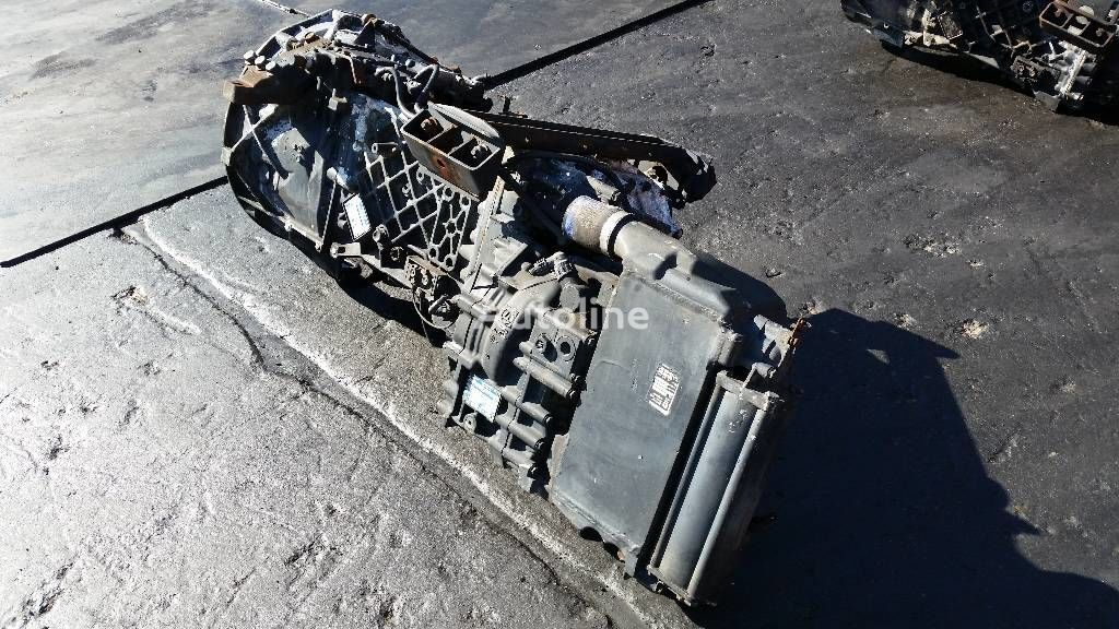 КПП для грузовика ZF ecosplit 16S151IT