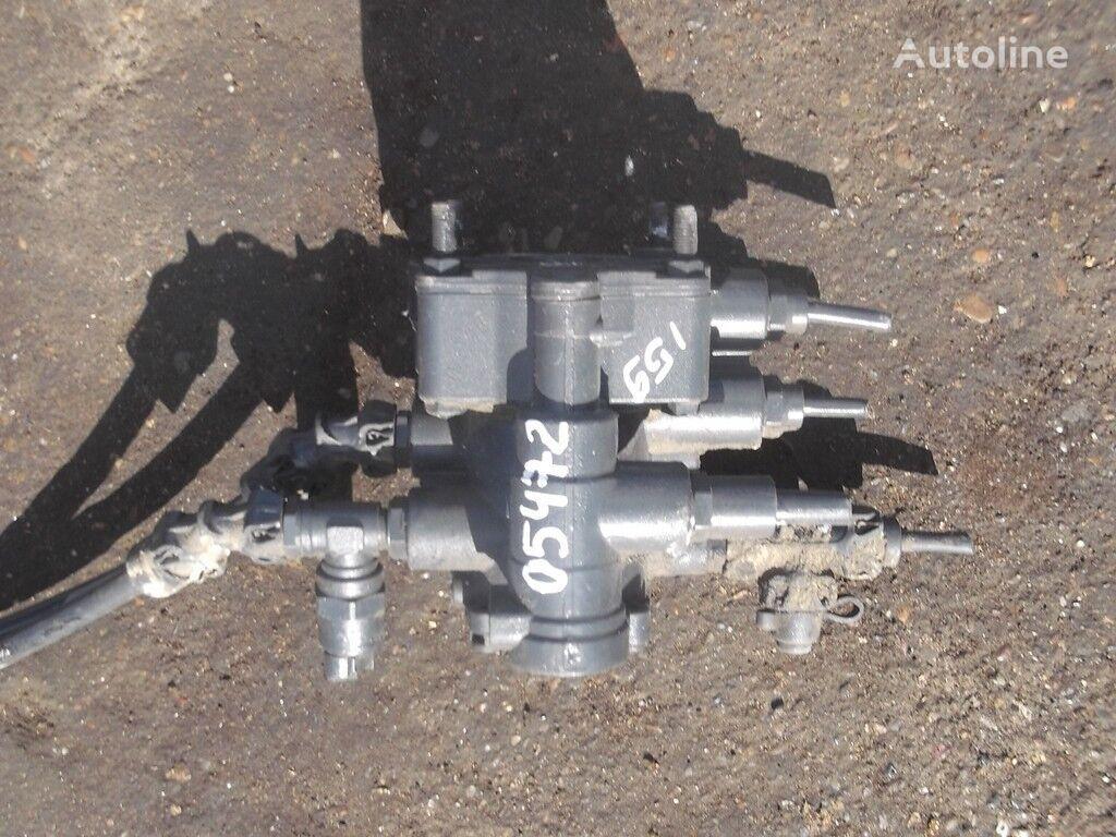 кран  Кран управления тормозами прицепа для грузовика IVECO