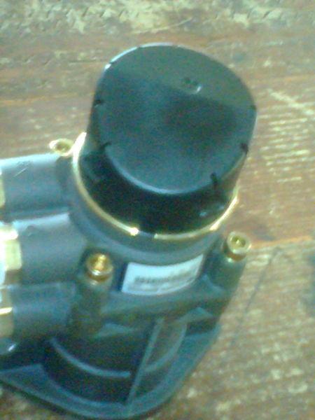 новый кран  KNORR K039569N50  81521306298 для тягача MAN TGA