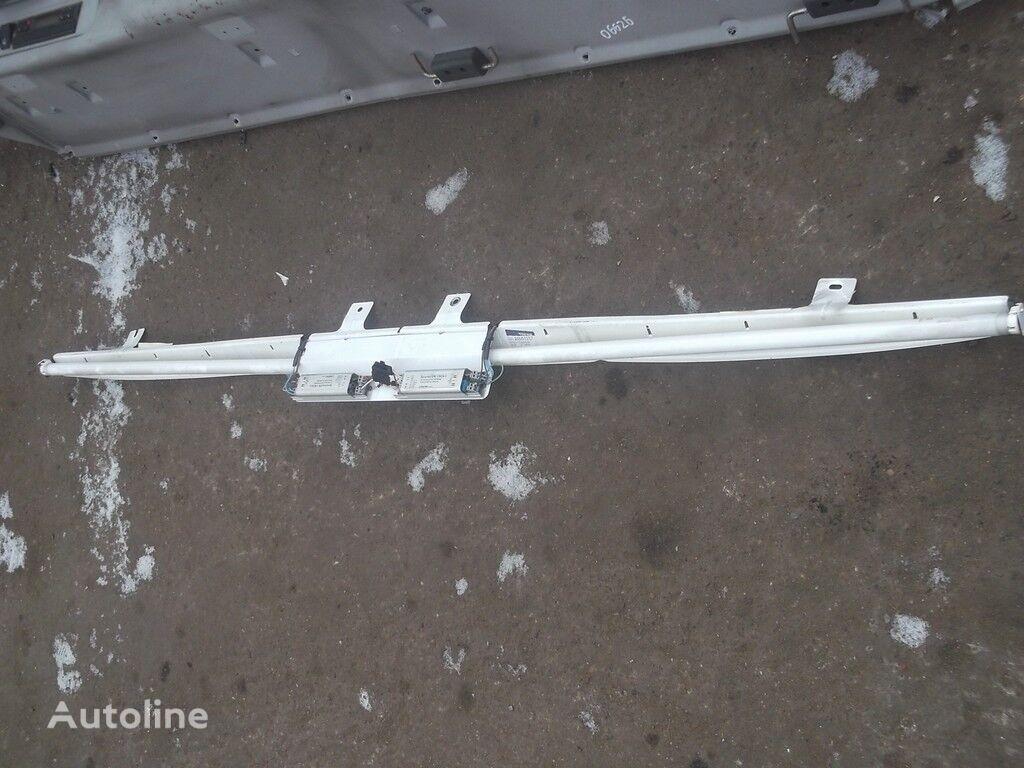 крепежные элементы  Кронштейн освещения Volvo для грузовика