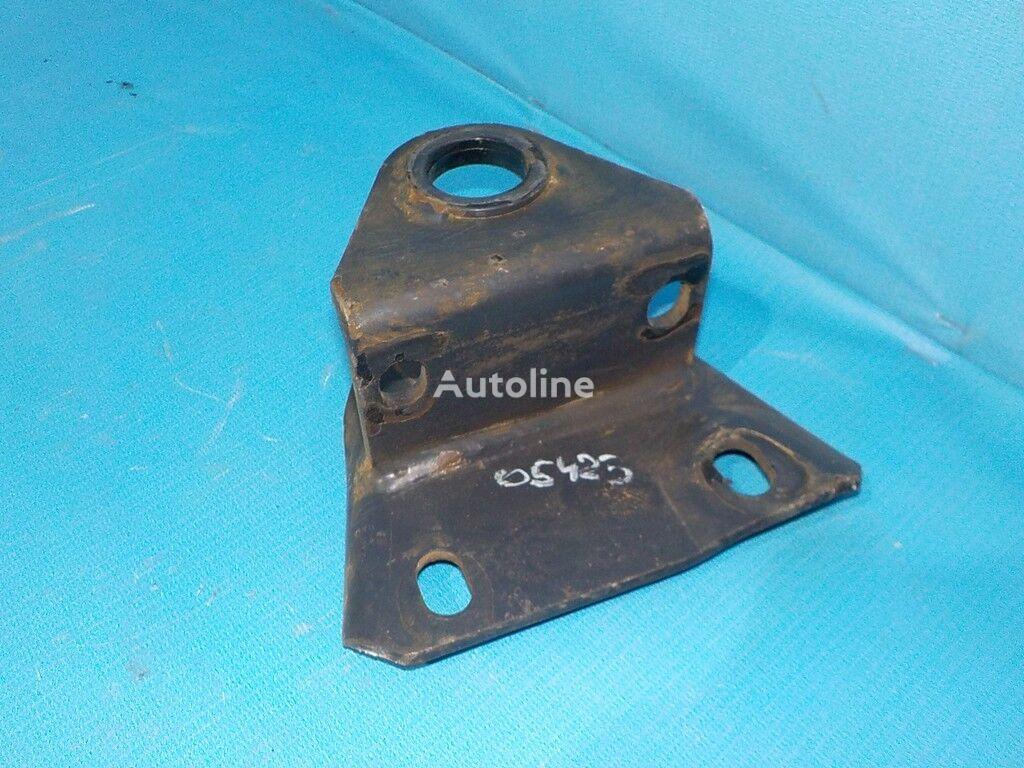 крепежные элементы  Iveco Кронштейн крепления переднего стабилизатора LH для грузовика