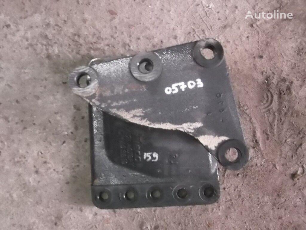 крепежные элементы  Кронштейн ГУРа Iveco для грузовика