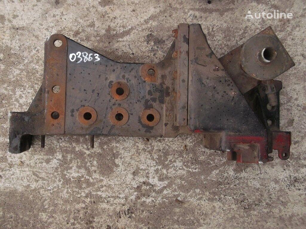 крепежные элементы  Кронштейн переднего бампера RH Volvo для грузовика