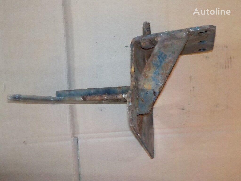 крепежные элементы  Кронштейн осушителя для грузовика IVECO
