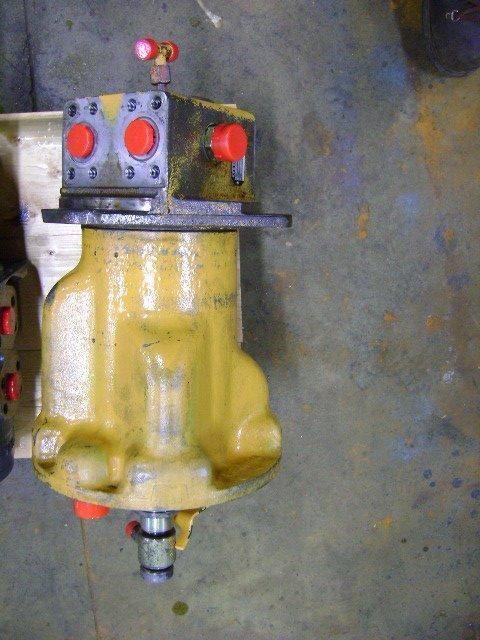 опорно-поворотное устройство  Rotating Joint LIEBHERR для экскаватора LIEBHERR 942