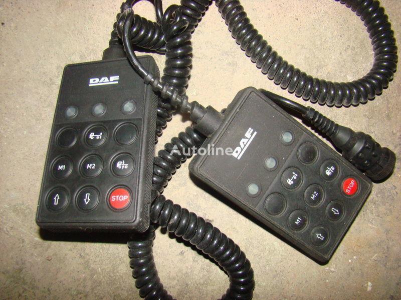 панель приборов  DAF 105XF remote control ECAS 1337230; 4460561290, 1657854, 1659760, 1669461, 1686733, 1690391, 1732019, 1780197, 1780200, 1792640, 1848360, 1851259, 1851261, 1851747, 1898313, 1898316, 1898317 для тягача DAF 105XF