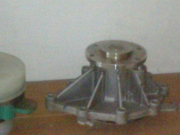 новая помпа охлаждения двигателя  LASO, Germany 51065007049     55200114 для тягача MAN TGA