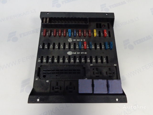 предохранительная коробка  HELLA 0015430615,0015433115,8JE007377-01,8JE007377 для тягача MERCEDES-BENZ