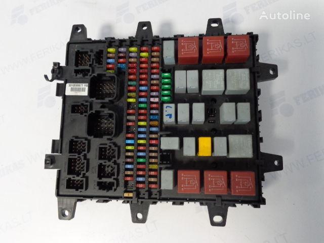 предохранительная коробка  Fuse protection box 7421169993, 5010590677, 7421079590, 5010428876, 5010231782 , 5010561943
