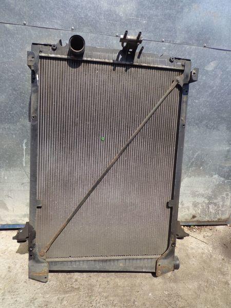 радиатор охлаждения двигателя для грузовика DAF CF