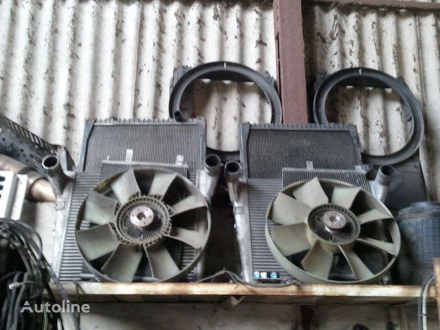 радиатор охлаждения двигателя для тягача RENAULT MAGNUM