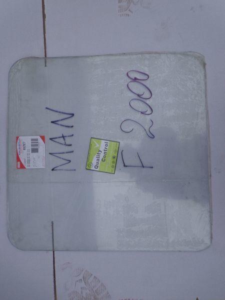 новое стекло  подъемное для тягача MAN  19, 26, F2000