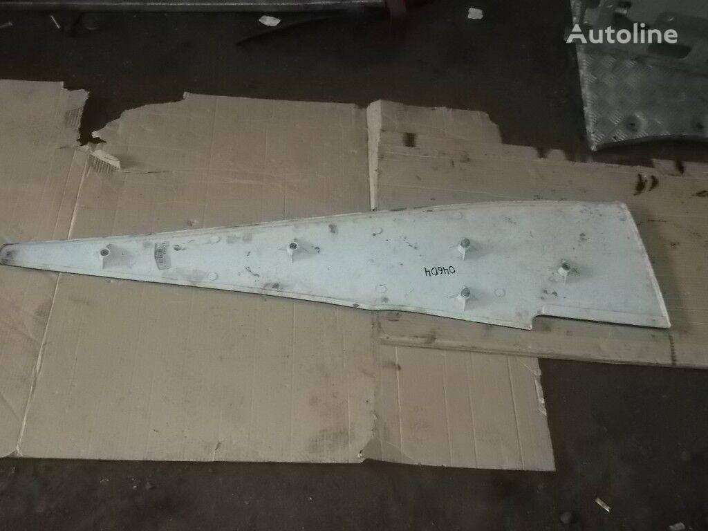 запчасти  Mercedes Benz Накладка обтекателя крыши кабины RH для грузовика