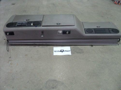 запчасти  KONSOLA górna для тягача DAF XF 105