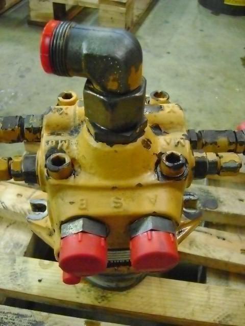 запчасти  Swing Motor для экскаватора LIEBHERR 902