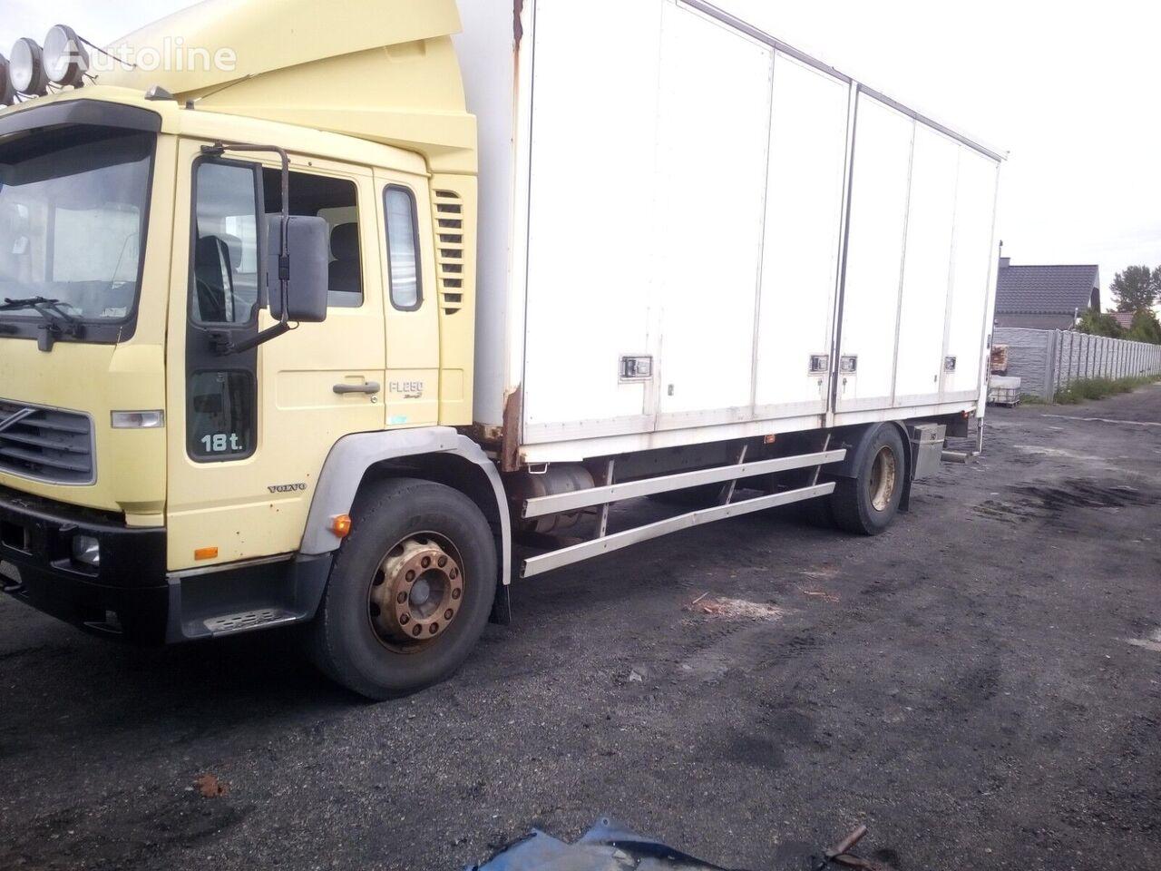 изотермический фургон VOLVO FL6 18 - 250 (EURO 3 / MANUAL GEARBOX / LIFT)
