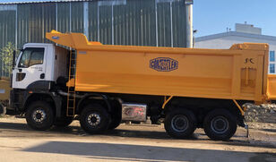 самосвал Ford Trucks 4142 XD