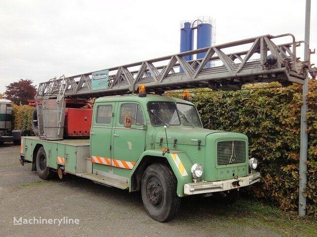 пожарная автолестница MAGIRUS Deutz Drehleiter DL 30 KHD 150 PS Jupiter