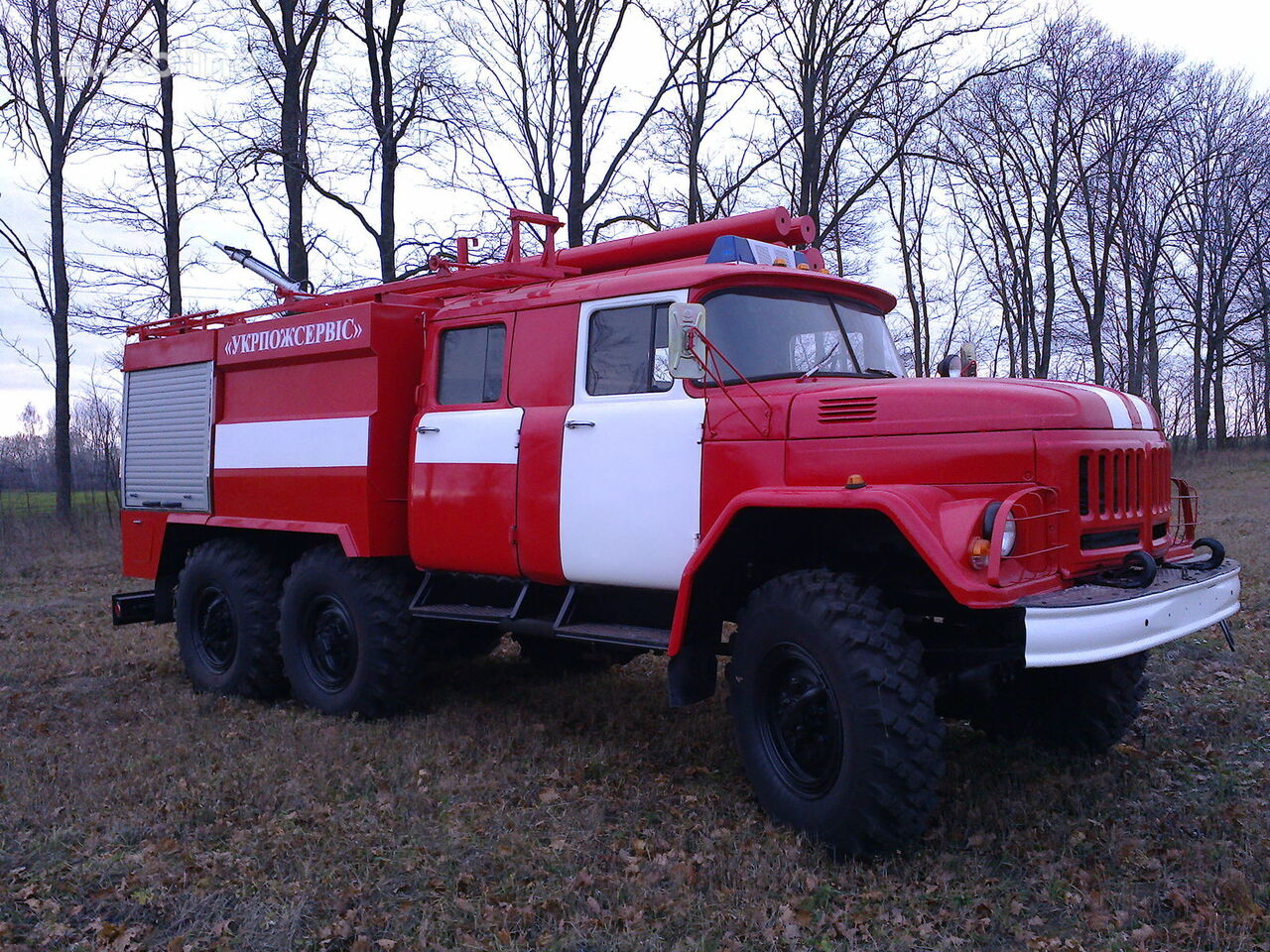 новая пожарная машина ЗИЛ 131
