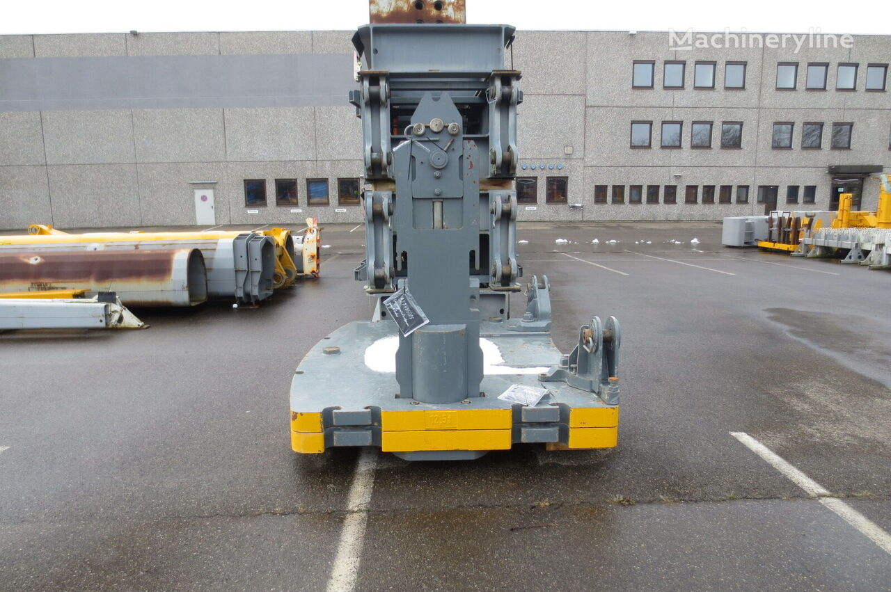 противовес автокрана LIEBHERR LTM 1300/1 und LTM 1300-6.1 - Ballast-Grundplatte komplett