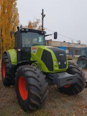 новый трактор колесный CLAAS Axion 820