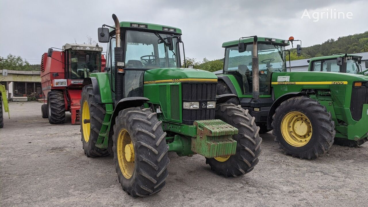 трактор колесный JOHN DEERE 7600