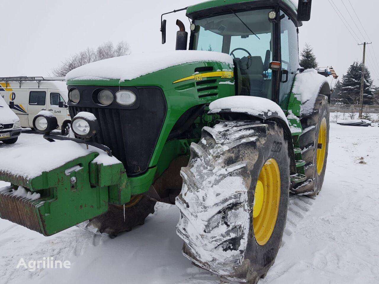 трактор колесный JOHN DEERE 7920