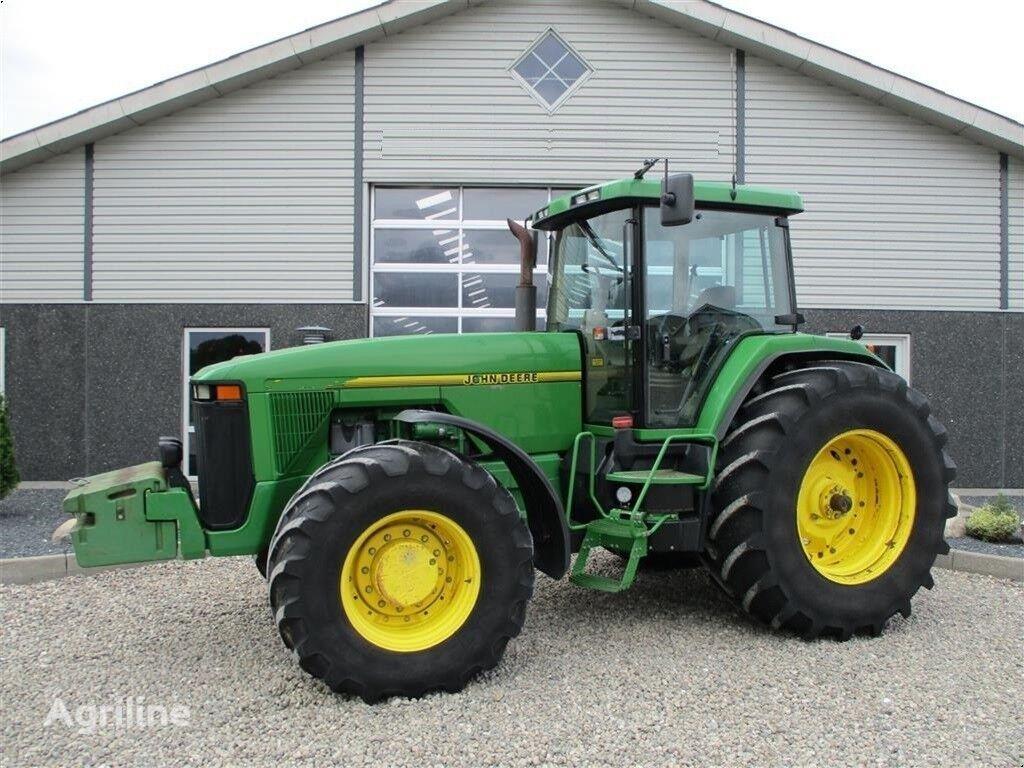трактор колесный JOHN DEERE 8400 R