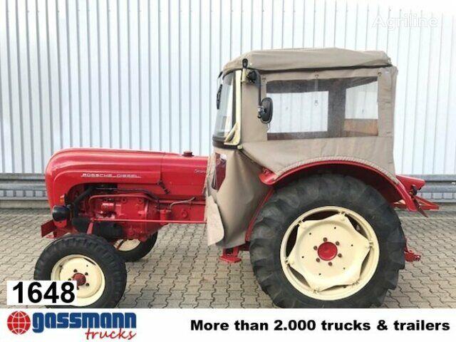 трактор колесный Standard R219