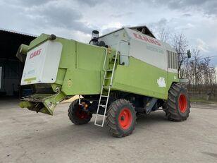 зерноуборочный комбайн CLAAS Medion 340