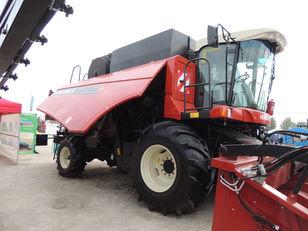 новый зерноуборочный комбайн VERSATILE Acros 595 plus
