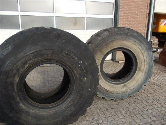 шина для фронтального погрузчика Bridgestone L5 23.50- 25.00