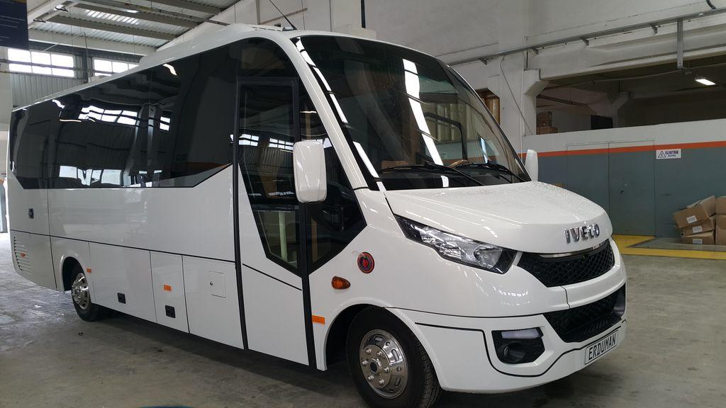 новый туристический автобус IVECO Erduman