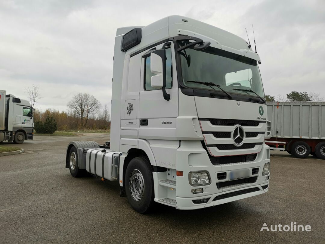 тягач MERCEDES-BENZ 1844 Retarder 331L70