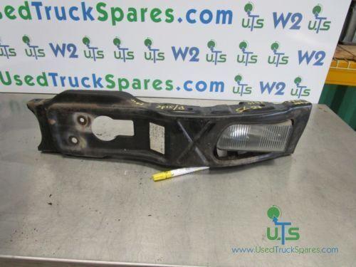 бампер ISUZU BUMPER / FOG LIGHT + BRACKET – PASSENGER SIDE для грузовика ISUZU N75 190