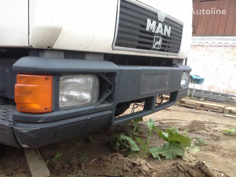 бампер Ман L2000 хороший стан для грузовика