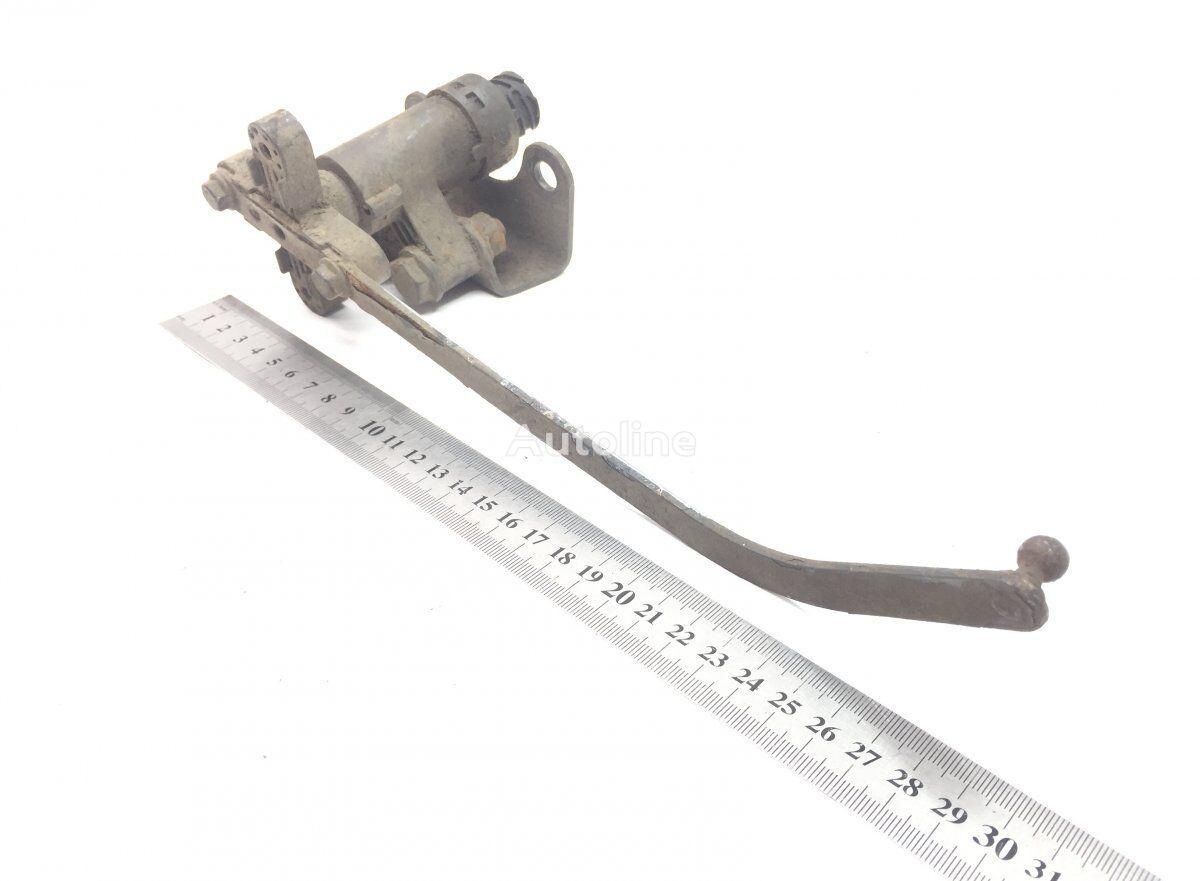 датчик MERCEDES-BENZ Raami kõrguse regulaator (4410501210) для тягача MERCEDES-BENZ Actros MP2/MP3 (2002-2011)